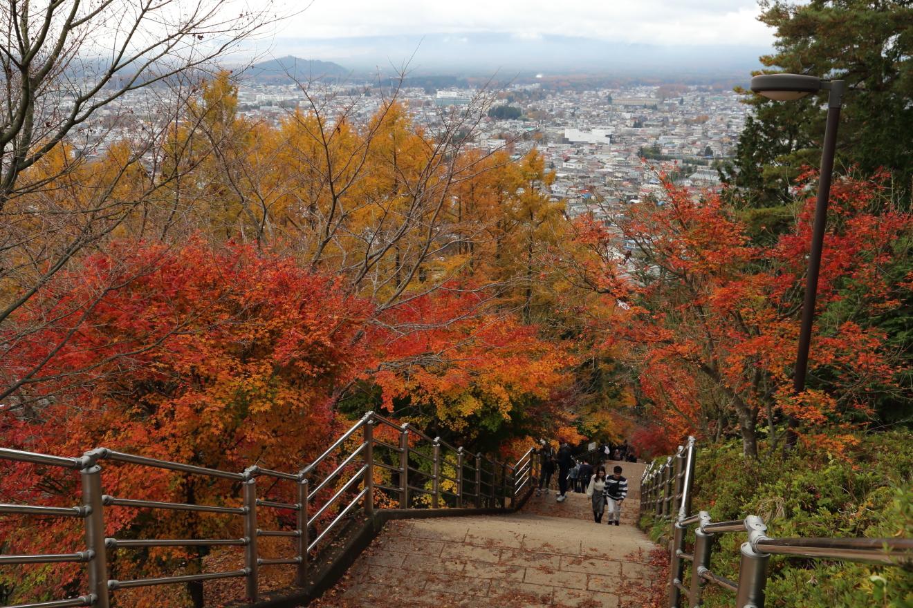咲くや姫階段から見える富士吉田市街地