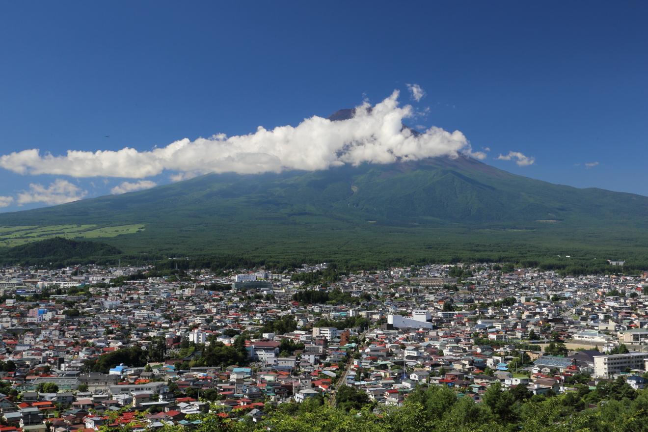 夏:富士山